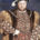Todos hemos visto anunciada una serie de televisión llamada The Tudors, la cual tiene mucha acción (de todo tipo), llena de gente guapa y que parece ser histórica. Bueno, para […]