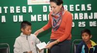 POR: IRMA ESLAVA La presidenta municipal de Tlalnepantla, Denisse Ugalde Alegría, encabezó la entrega de becas a 63 menores trabajadores que son apadrinados por funcionarios y servidores públicos de la […]