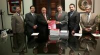 Toluca, Méx.- La LVIII Legislatura mexiquense recibió la Cuenta Pública del Gobierno, Organismos Auxiliares y Autónomos del Estado de México 2012, por parte del Ejecutivo estatal. El documento, que detalla […]