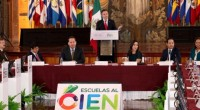 Aurelio Nuño Mayer, secretario de Educación Pública, garantizó que el programa Escuelas al CIEN será de los más transparentes de la Federación, y manifestó el compromiso de que a través […]