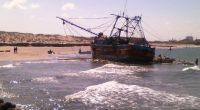 """La Procuraduría Federal de Protección al Ambiente supervisa los trabajos de trasiego de combustible de la embarcación camaronera """"Marquez XI"""", en el municipio de Paraíso, Tabasco, el cual quedó encallado […]"""