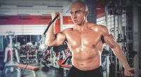 Una vez que inicia su entrenamiento en el gimnasio o en cualquier actividad, su cuerpo empieza a transpirar, esto debido a la quema de calorías generada por el ejercicio, pero, […]