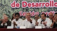 En sesión del Consejo Político y de Desarrollo Rural de la Confederación Nacional Campesina (CNC), el presidente de la organización, Manuel Cota Jiménez, los dirigentes de las 32 Ligas […]