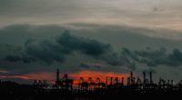 """La organización civil latina Moms Clean Air Force presentó su informe llamado """"Cara a cara con el gas y el petróleo, voces desde el frente de batalla contra la contaminación […]"""