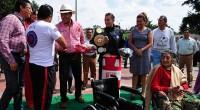 """Durante la primera fase de entrega de gimnasios, el alcalde Karim Carvallo Delfín, ha dado seguimiento puntual a las peticiones de los ciudadanos ya que """"no hay comunidad que no […]"""