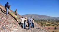 En la cúspide de la Pirámide del Sol, a 66 m de altura, en la zona arqueológica de Teotihuacan, en el Estado de México; a poco más de una hora […]