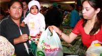 """* Ecatepec, Méx.- Este municipio inició el """"Programa Municipal de Canastas de Frutas y Verduras"""", en el que mes a mes familias ecatepequenses de bajos recursos se beneficiarán con alimentos […]"""