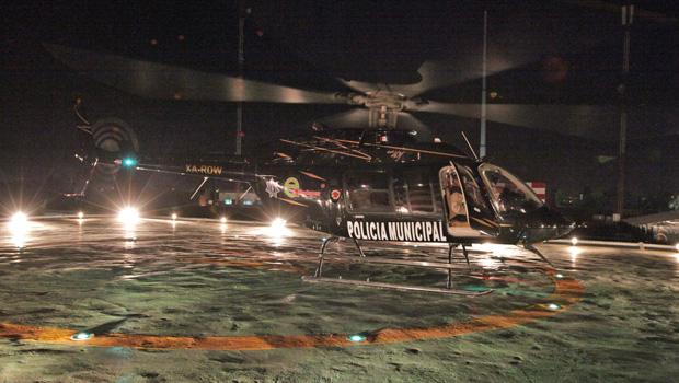 * Ecatepec, Méx.- Esta población se convierte en el primer municipio del Estado de México en contar con permiso para operar vuelos visuales nocturnos, a través del helicóptero Bell-407. El […]