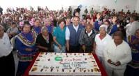 * Ecatepec, Méx.- El alcalde Pablo Bedolla López, acompañado de la titular del DIF Ecatepec, Verónica Guiscafré Gallardo, celebró a la gente mayor de la localidad con la entrega de […]