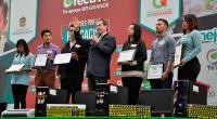 El gobernador Eruviel Ávila Villegas, tras la realización del Tercer Informe de Gobierno del Presidente Enrique Peña Nieto, dijo que los resultados, a mitad del sexenio, son favorables para los […]