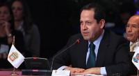 Puebla, Puebla.- El gobernador del Estado de Mexico, Eruviel Ávila, coordinador de la Comisión de Salud de la Conferencia Nacional de Gobernadores (Conago), presentó, aquí, al Presidente Peña Nieto y […]