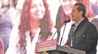 Toluca, Méx.- El gobernador de la entidad, Eruviel Ávila Villegas, inauguró la Unidad de Especialidad Médica en la Detección y Diagnóstico del Cáncer de Mama (UNEME-DEDICAM), en la que se […]
