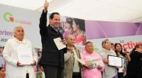 Al inaugurar la Ciudad de la Salud para la Mujer, el presidente Enrique Peña Nieto aseguró que, de acuerdo con datos del Instituto Nacional de Estadística y Geografía (INEGI), se […]