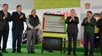 Tepotzotlán, Méx.- El gobernador mexiquense, Eruviel Avila Villegas, inauguró la Plaza Estado de México, la cual cuenta con una cancha de usos múltiples y otra de fútbol, juegos infantiles y […]