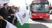 Toluca, Méx.- El gobernador de la entidad, Eruviel Ávila Villegas, dio el banderazo de salida a las primeras unidades del Transporte Seguro y Taxi Rosa para cinco municipios del Valle […]