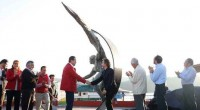 Un ser alado que invita a revivir la infancia y jugar con él en una balanza es «Equilibrio», escultura de bronce de 5 metros, de Jorge Marín, que el gobernador […]