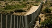 * Los promotores de un muro, muro que no cerca (¿por qué me recuerda al muro de Berlín?), en la frontera entre México y Estados Unidos para impedir el paso […]