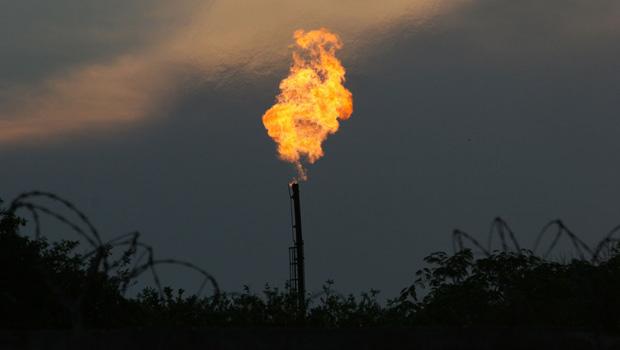 """El diputado federal por el Partido Nueva Alianza, René Fujiwara Montelongo manifestó en entrevista con Mi Ambiente, que la extracción de gas shale será un elefante blanco, """"ya que finalmente […]"""