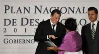 En el marco de la consulta pública convocada por el poder Ejecutivo para la elaboración del Plan Nacional de Desarrollo 2013-2018 se hizo entrega al Enrique Peña Nieto, Presidente de […]