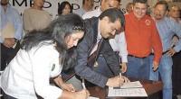 Durante la firma del Pacto Social por el Campo Hidalguense y la toma de protesta a la nueva coordinación estatal del Consejo Agrario Permanente (CAP), que encabeza Martha López Ríos, […]