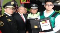 Huixquilucan, Méx.- El alcalde de esta localidad, José Neyra, destinó cerca de un millón de pesos para estimular económicamente a los policías. La ayuda comprende, además, becas para los hijos […]