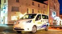 Una compañía pionera de taxis en Cornwell obtuvo uno de los primeros modelos de la van multiusos totalmente eléctrica Nissan e-NV200 que se empezó a comercializar en el Reino Unido […]