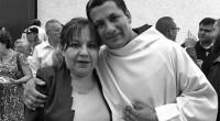 Entre las loas que echaron al nuevo frayle Salvador Burgos León, destacan: La comunidad de Valle Dorado está contigo: Sé Cristo para nosotros. Luego, casi al final del cantamisa, el […]