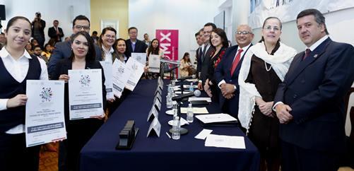 El Gobierno de la República, a través de la Secretaría de Turismo, estableció una estrategia integral para tomar una serie de acciones en toda la industria turística del país, a […]