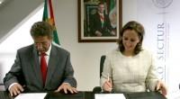 La Secretaria Claudia Ruiz Massieu y el gobernador de San Luis Potosí, Fernando Toranzo firmaron el convenio de reasignación de 120 millones de pesos para el fortalecimientos del turismo en […]