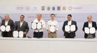 Aurelio Nuño Mayer, secretario de Educación Pública, anunció inversiones por alrededor de 12 mil millones de pesos (MMDP) para mejorar la infraestructura de instituciones de Educación Superior, en el […]
