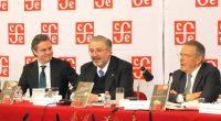 El secretario de Educación Pública, Aurelio Nuño Mayer, manifestó que la Constitución es la guía en estos momentos complejos, y abundó que el artículo tercero constitucional es esencia rectora en […]