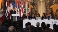 Juan Díaz de la Torre, presidente del CEN del SNTE, hizo entrega de los resolutivos generados por el Secretariado Nacional de dicha organización, al secretario de Educación Pública, Aurelio […]