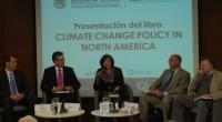 """Durante la presentación del libro """"Climate Change Policy in North America"""" Isabel Studer, directora del Instituto Global para la Sostenibilidad (IGS) y una de las autoras de este estudio así […]"""