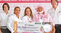 La presidenta del Sistema DIF Tamaulipas, María del Pilar González de Torre, entregó a las titulares de los DIF Municipales paquetes del programa ¡Primero Desayuno!, beneficiando a 2 mil 850 […]